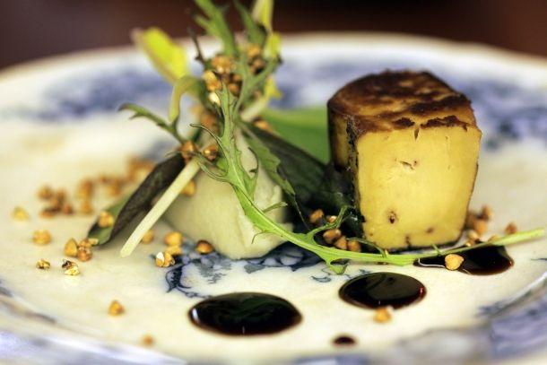 Foie gras, pulpe d'artichaut à l'huile de noisette et