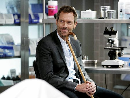 doctor house smiling the 1 and only house hugh laurie rh pinterest com