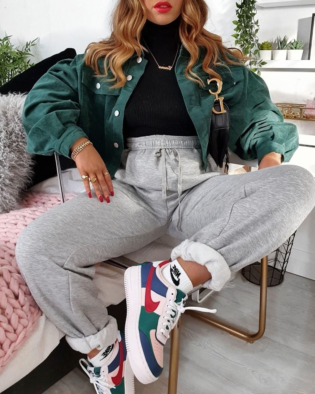 Nike Baskets Nike Air Force 1 Shadow in navy blue and pink Best Blog – trendy outfits