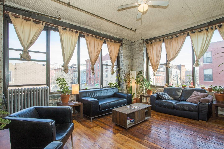 bedford loft williamsburg prime apartments for rent in brooklyn rh pinterest com