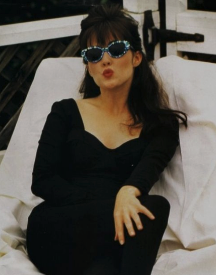 Beverly Hills 90210 Shannen Doherty Wears Mercura Nyc Crystal Sunglasses Shannen Doherty 90210 Fashion Beverly Hills 90210