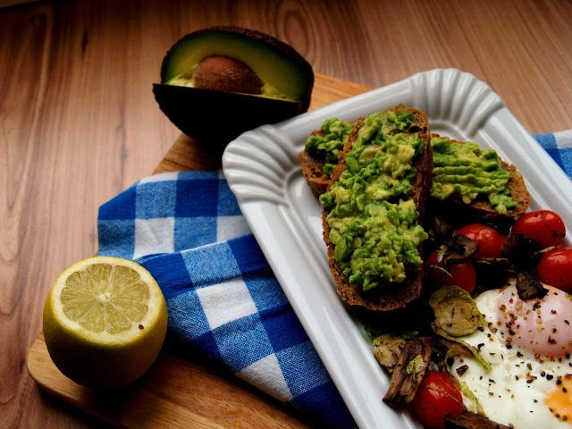 """. Inspired by Jamie Oliver's """"Everyday Super Food""""Healthy brekfast: Fried egg with Veggies, Smashed Avo"""
