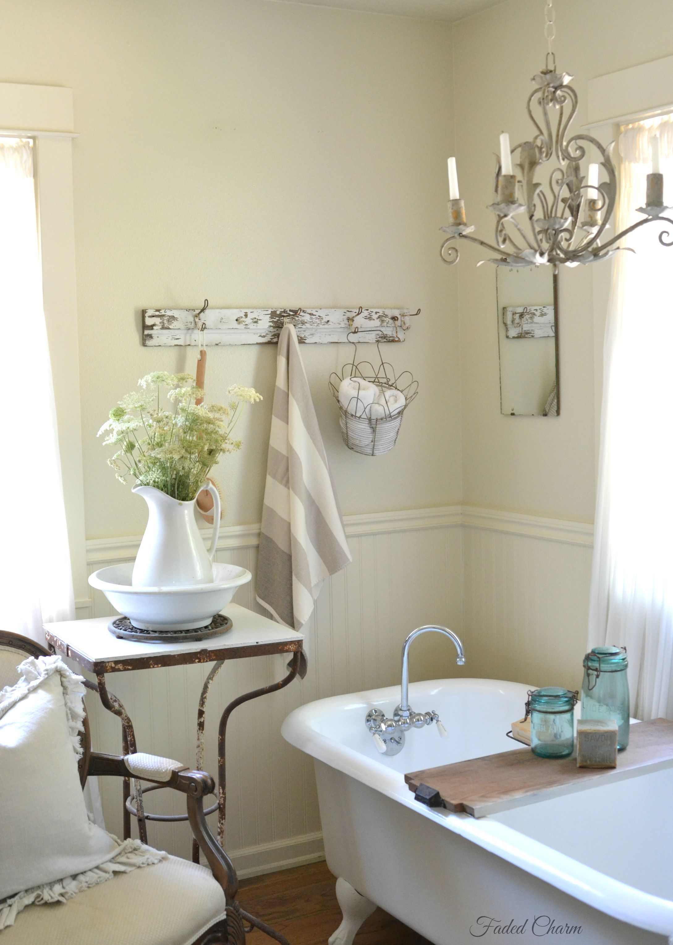 Charming bathroom furnishings ideal chill out space