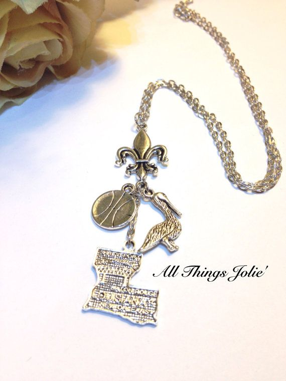 New Orleans Pelicans Fleur De Lis Nba Silver Necklace On