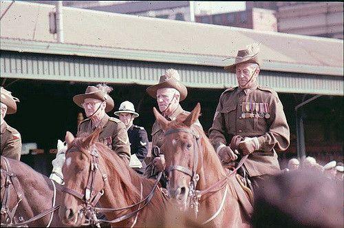 https://flic.kr/p/5BKZZT   ANZAC Day parade 1975   Melbourne
