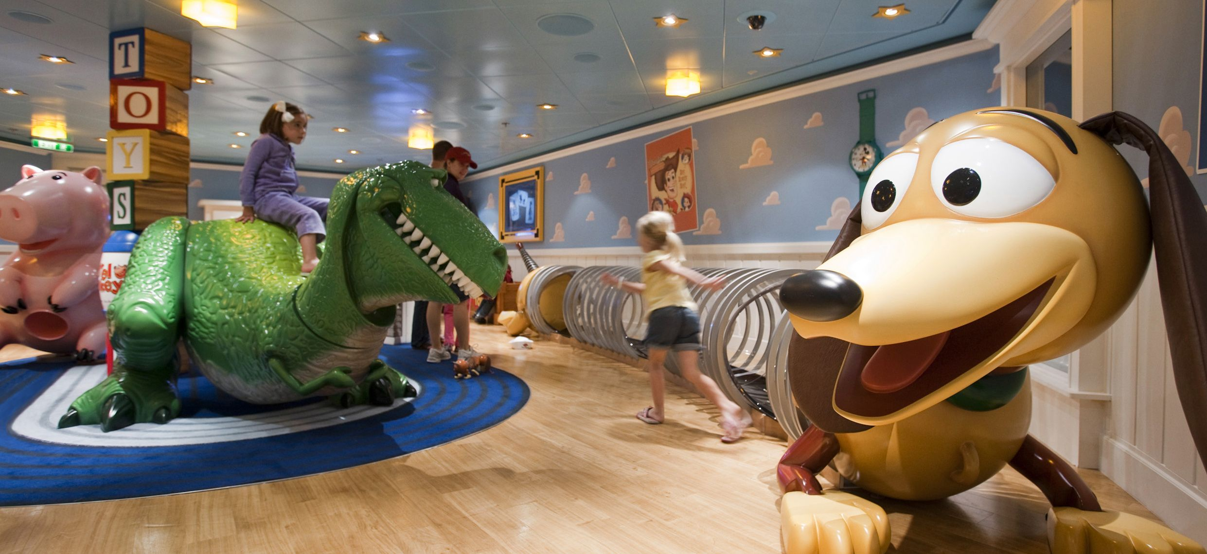 disney dream cruises good for family and adult fun all things rh pinterest com