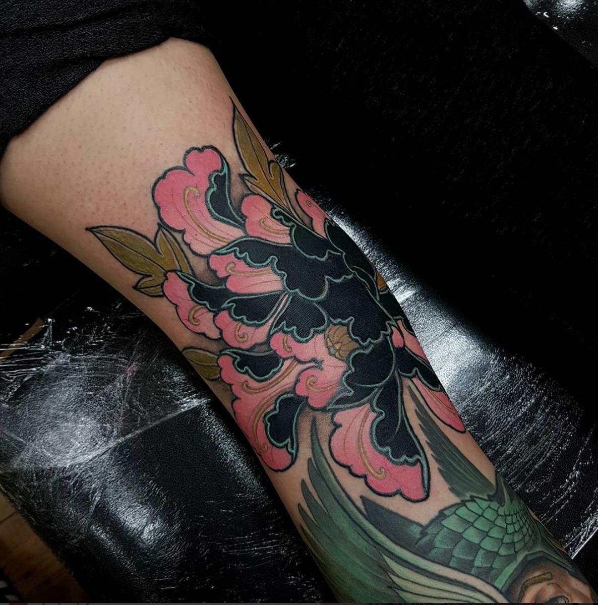 Pin by Allen White on Elliot Wells Tattoo Body tattoos