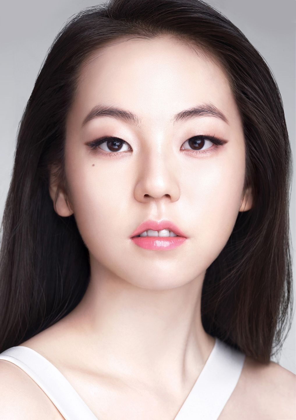소희 / Sohee Sohee / 소희 Pinterest Monolid makeup