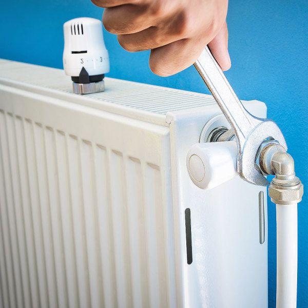 Désembouage radiateurs : 9 étapes pour un chauffage efficace en 2020 | Tuyau de chauffage ...