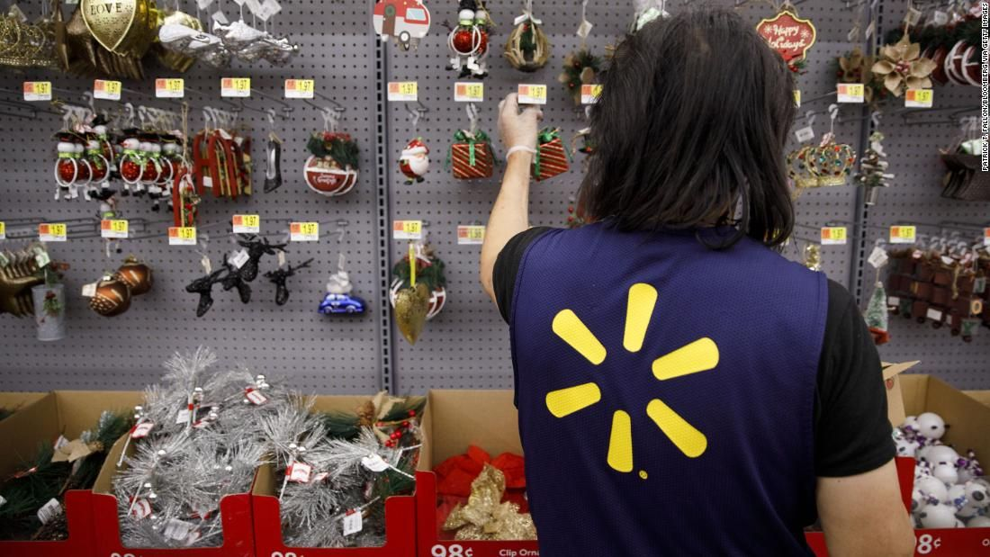 Walmart plans to offer cash bonuses to workers with
