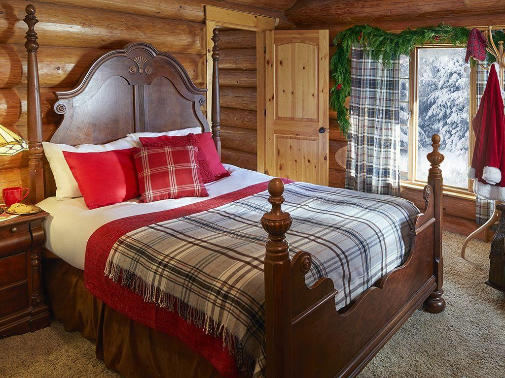 Log cabin bedroom kellyelkocom Log cabin bedroom