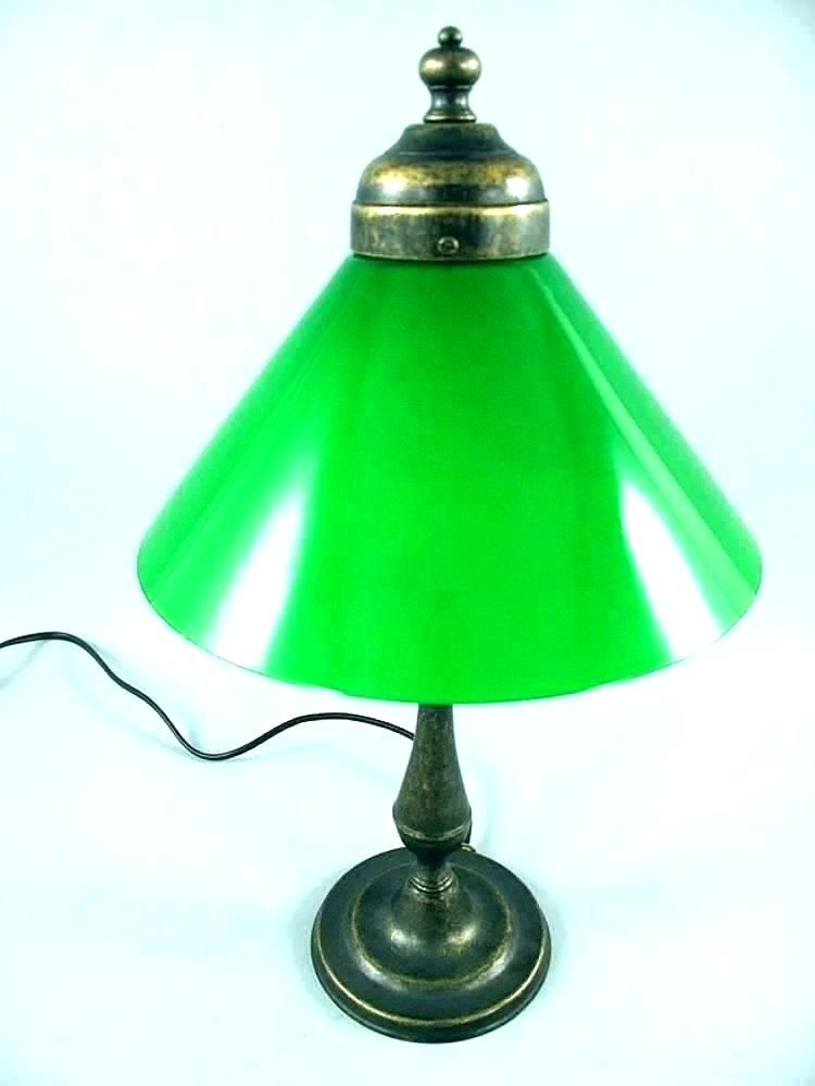 Bankers Desk Lamp Green Glass Shade In 2020 Lamp Bankers Desk Lamp Bankers Lamp