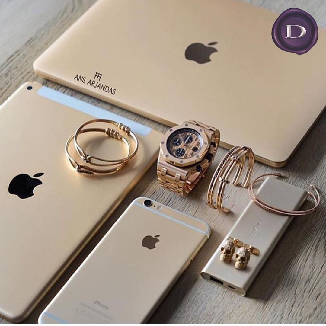 #anilarjandas with all the #gold #audemarspiguet #offshore #apple #iphone #ipad #mac #FavoriteIGpics MICHIGAN'S AUTHORIZED RETAILER @darakjianjewelers #darakjian Darakjian.com ☎️ 888-THE-ONLY #T1TO #TheOneTheOnly #birminghamMI (at Darakjian Jewelers)