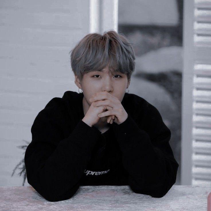 Yoongi siendo un lindo y tímido hyung al que a Jimin quiere mimar.  •… #fanfic # Fanfic # amreading # books # wattpad
