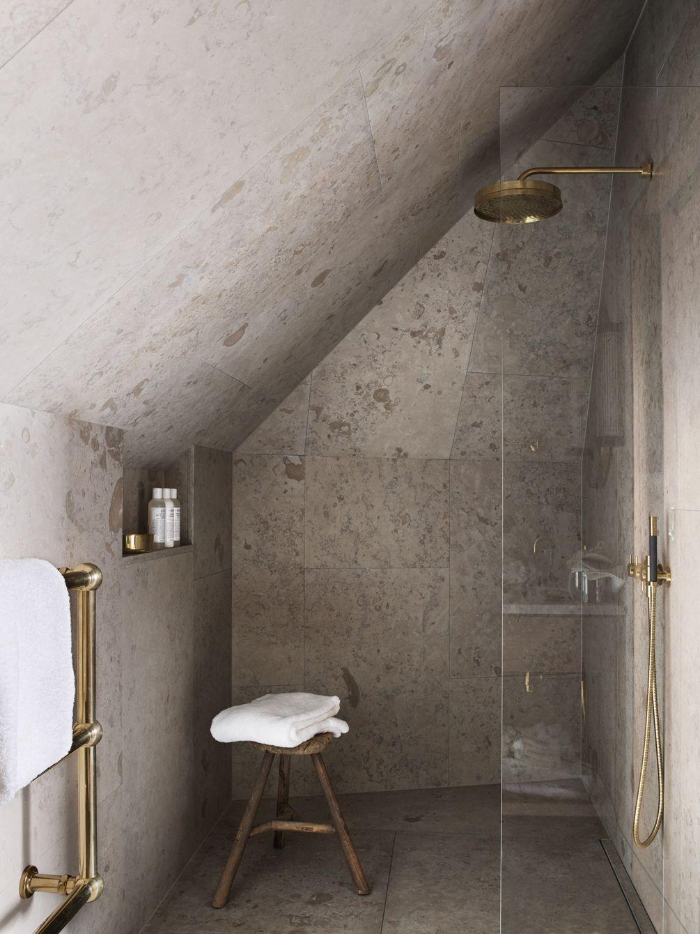 underbara badrum på ett hem brass bathroom granite and spaces