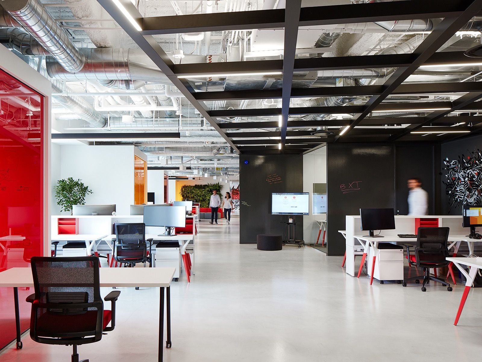 a look inside pwc s new chicago office corporate offices rh pinterest com