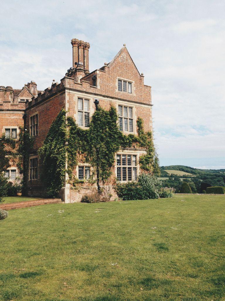 oh my britain dreamy houses english manor houses english rh pinterest co uk
