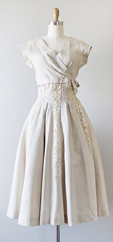 8a016f3fe47 gorgeous vintage 1950s linen dress with lace appliques