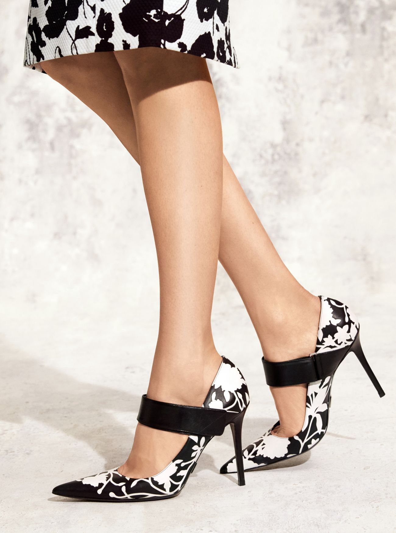 1808025baa8 Michael Kors Emile Floral Leather Pump - 39.5 | Products | Shoes ...