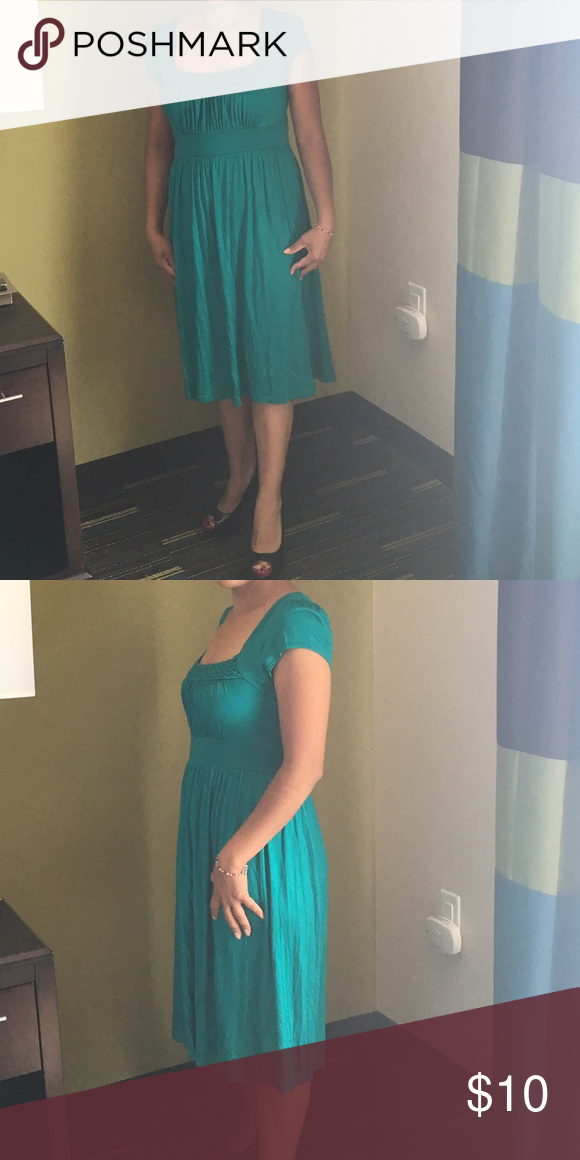 Green dress Very comfy small dress perfect for a regular day excellent condition Soprano Dresses