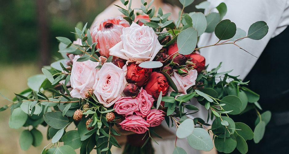 Wholesale Flowers Bulk Wedding Flowers Online Bloomsbythebox Com Bulk Flowers Online Wholesale Flowers Online Wedding Flowers