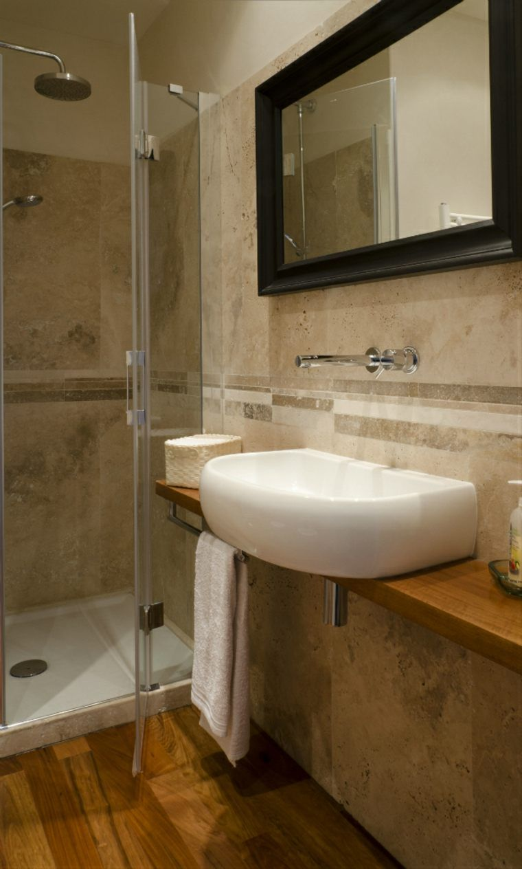 Salle de bain travertin : la beauté de la pierre de Tivoli  Salle