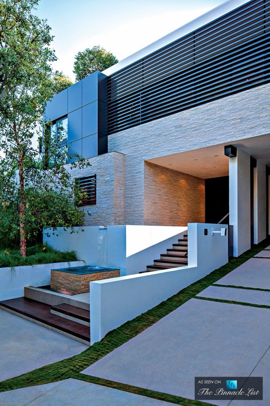 31 Million 1201 Laurel Way Residence Beverly Hills Ca Usa Architecture Design Architecture Exterior Design