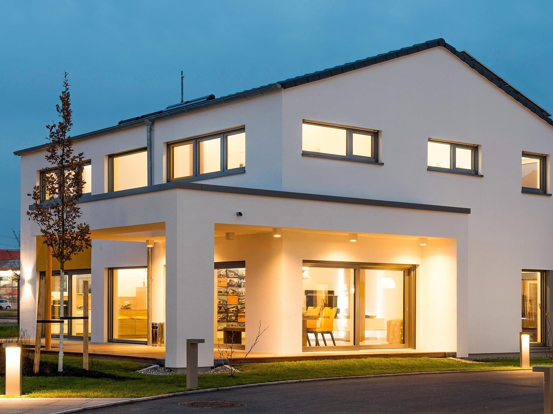 fertighaus mit satteldach musterhaus vitalis b denbender jetzt bei. Black Bedroom Furniture Sets. Home Design Ideas