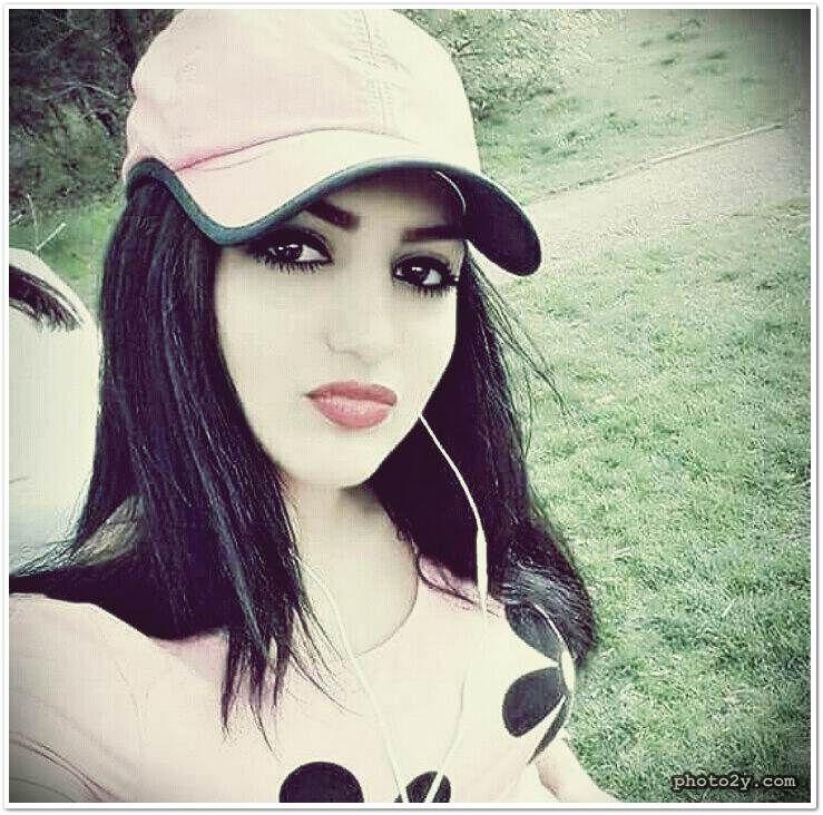 عراقيات في البيت Iraqis At Home شبكة صورك Fashion Hats Bucket Hat