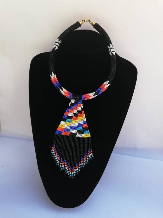 Afrikanische Perlenkette, Zulu Perlenkette, Perlen Schmuck für Frauen, Fringe Halskette, schw... #afrikanischefrauen