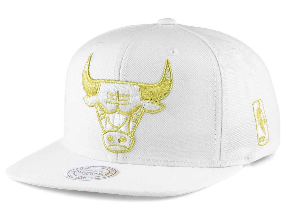 low priced aaac7 56592 ... closeout chicago bulls mitchell ness nba white goldie xl snapback cap  5b010 77b62