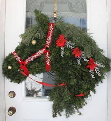 Lovely Horse Head Door Wreath (Not mine, saw it on Facebook & no mention of origin.)