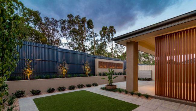 cortenstahl sichtschutz latten terrasse modern rasen. Black Bedroom Furniture Sets. Home Design Ideas