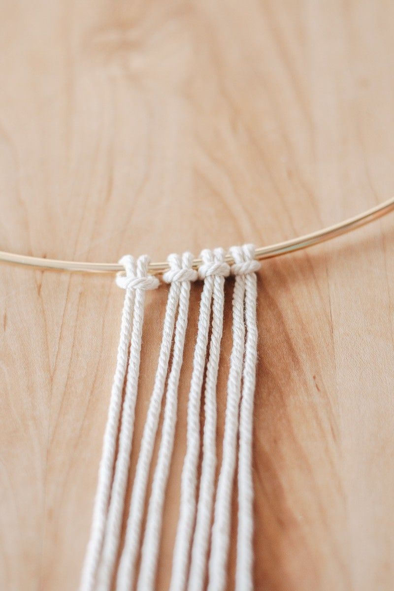 Learn the basic macrame knots with this step by step guide! Includes photos for every step and project ideas to get you started! Download and print a macrame pdf guide. #macrame #macramepdf #macrameknots #printables #macrameguide