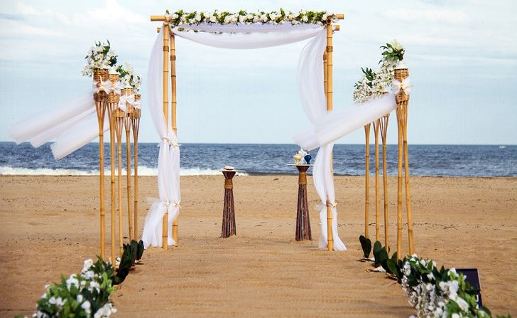 45 Outdoor Wedding Arches For Your Unforgettable