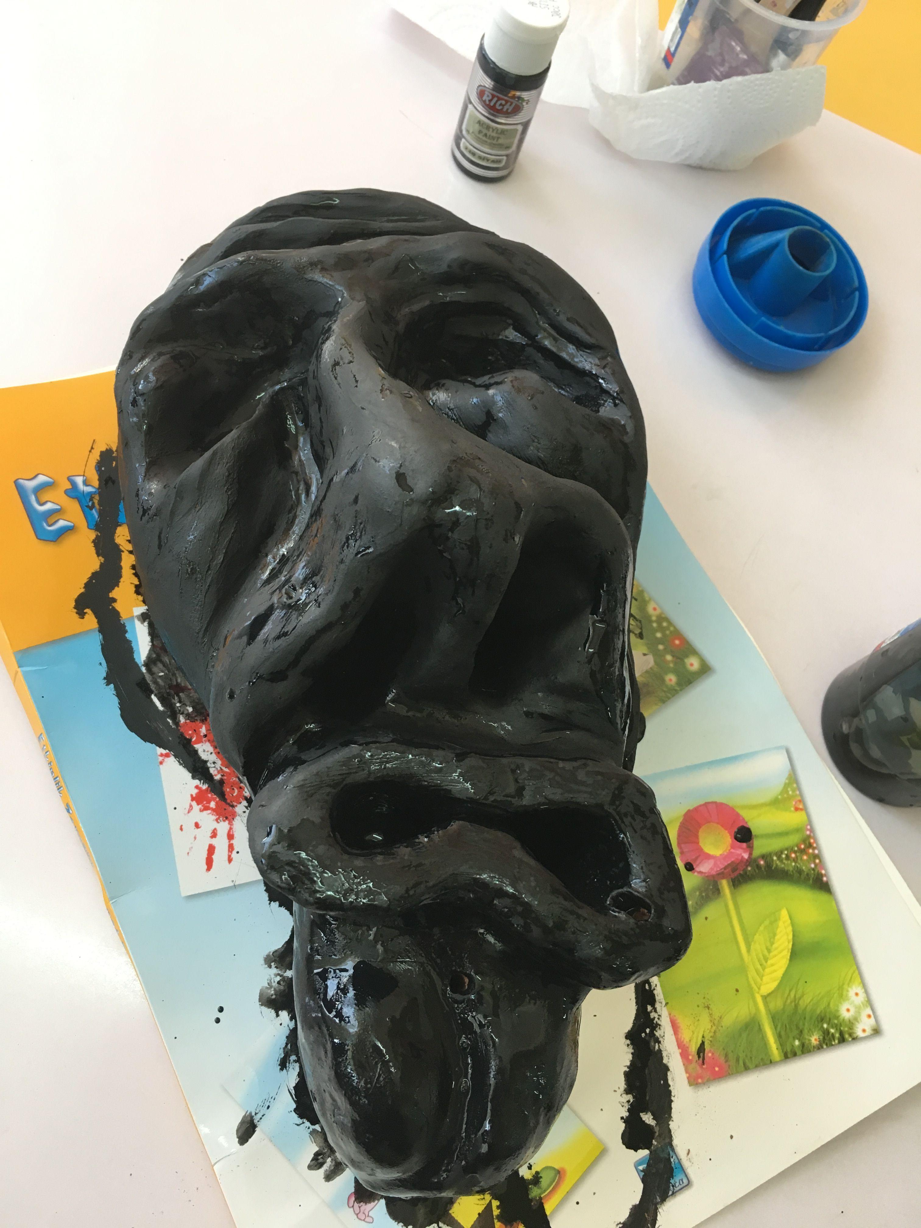 Siyah acrylic boya