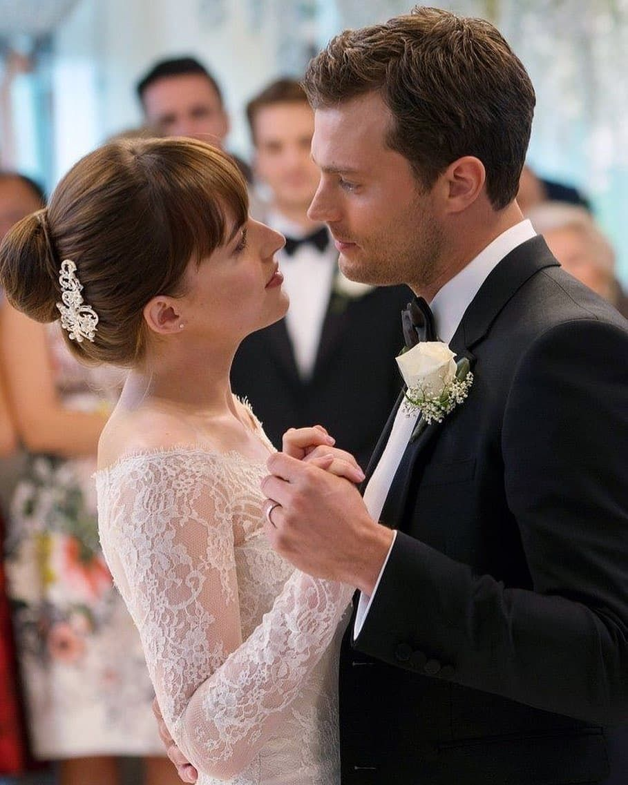 Fifty Shades Of Grey On Instagram Reposted From Fifty Shades Obsession Mr Mrs Grey Regrann Jam Fifty Shades Cast 50 Shades Freed 50 Shades Of Grey [ 1137 x 909 Pixel ]