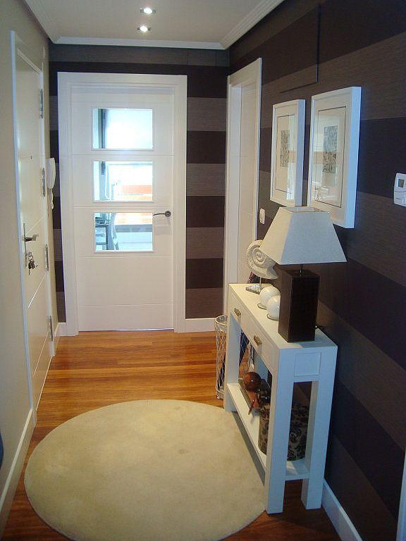 Recibidores papel rayas decorar casa facilisimo home - Recibidores para casa ...