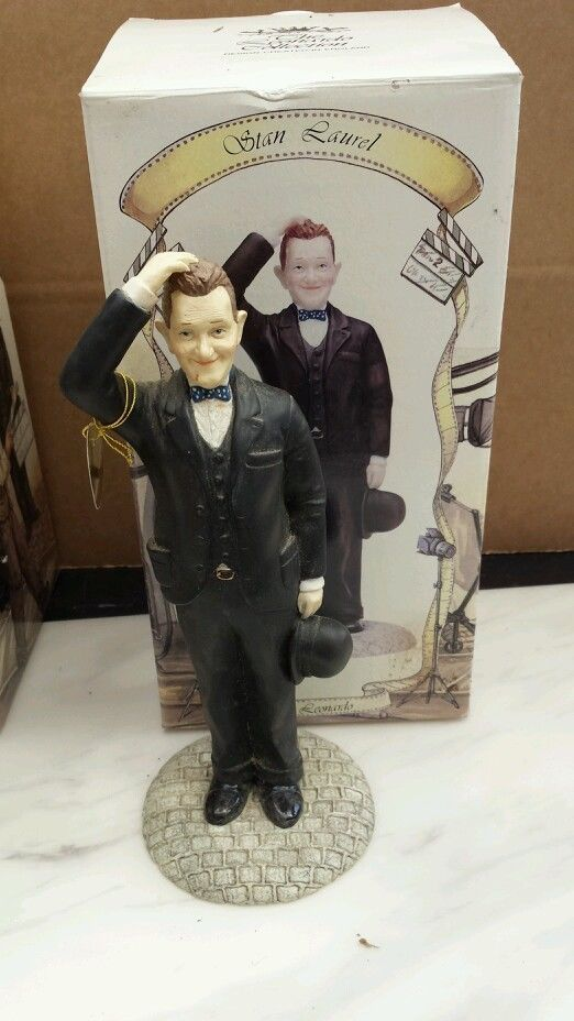 Collectable LAUREL & HARDY Figurines from LEONARDO COLLECTION | eBay ...