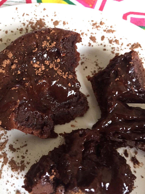 Easy Molten Chocolate Lava Cakes   Recipe   Lava cakes ...