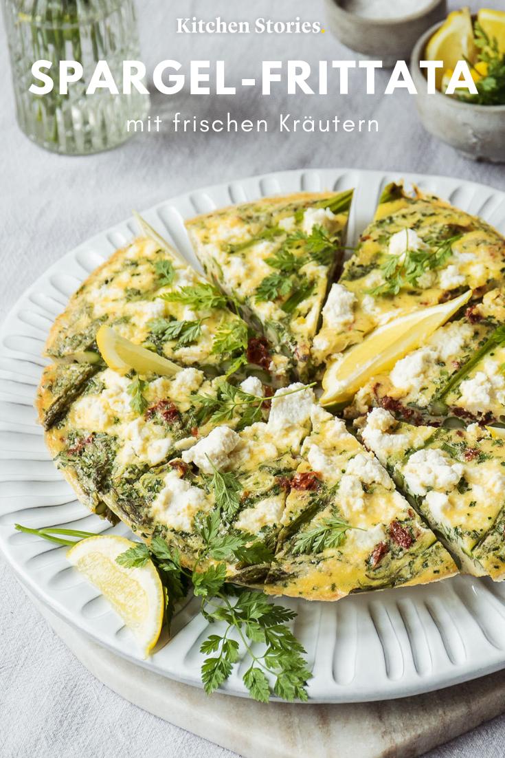 Spargel-Frittata mit frischen Kräutern | Rezept | Kitchen Stories