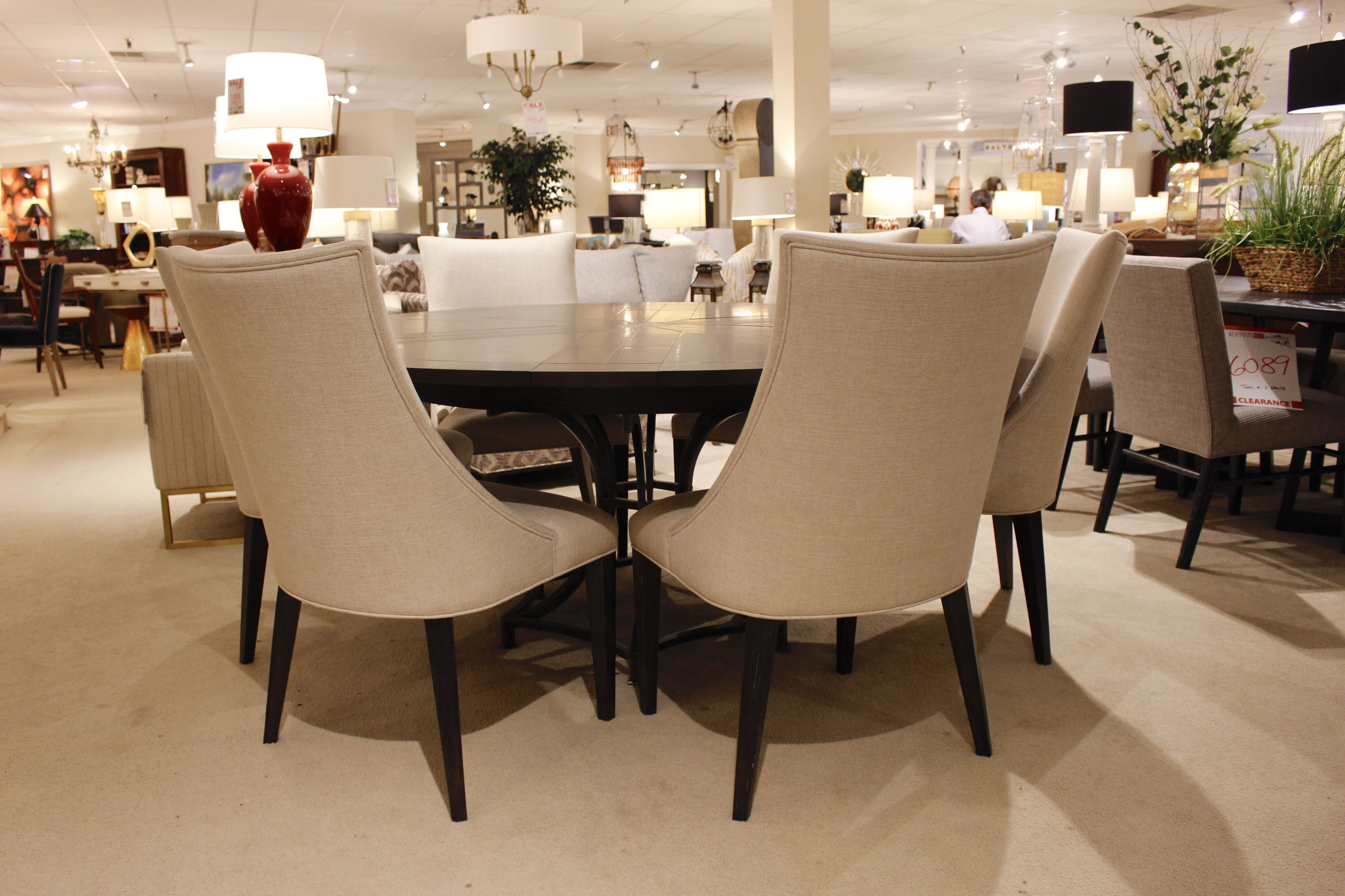 round dining table with built in expansion leaves dining rooms rh pinterest com