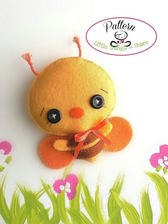 Bumble Bee PDF sewing pattern-Bee toy-DIY-Nursery decor-Felt toy ...