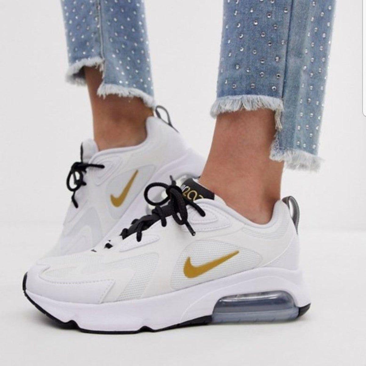 flat shoe trend Nike Air Max 200, 2020   Varis