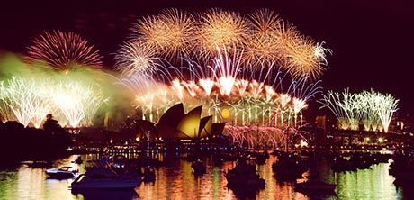 An Australia Adventure With Rei Merges The Best Of Fabulous City Experiences With Some Of New Year S Eve Around The World New Years Eve Fireworks Lifetime Trip