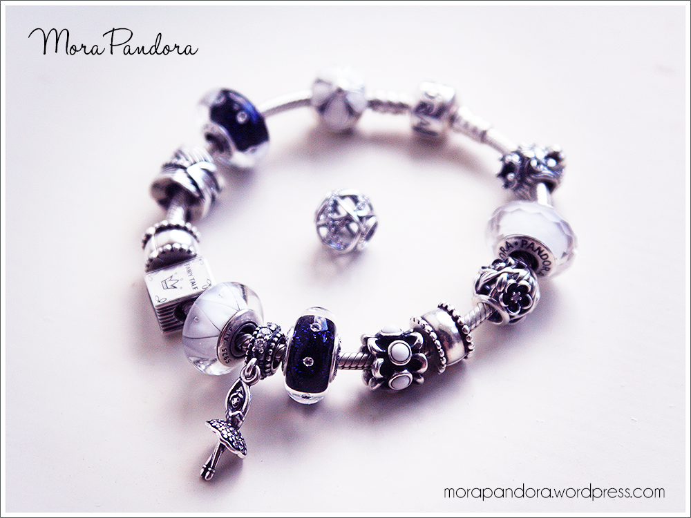 63a5e80d4794 Review  Midnight Effervescence Murano from Pandora Winter 2014 ...