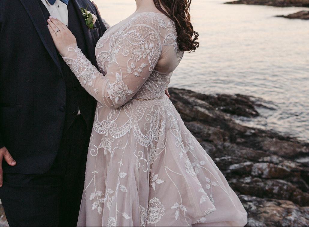 Hayley Paige 6600 Hayley 3 500 Size 22 Used Wedding Dresses Alternative Wedding Dresses Preowned Wedding Dresses Wedding Dress Flowy Lace