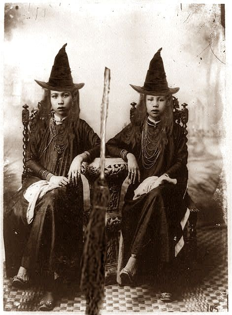 two witch sisters  18th century