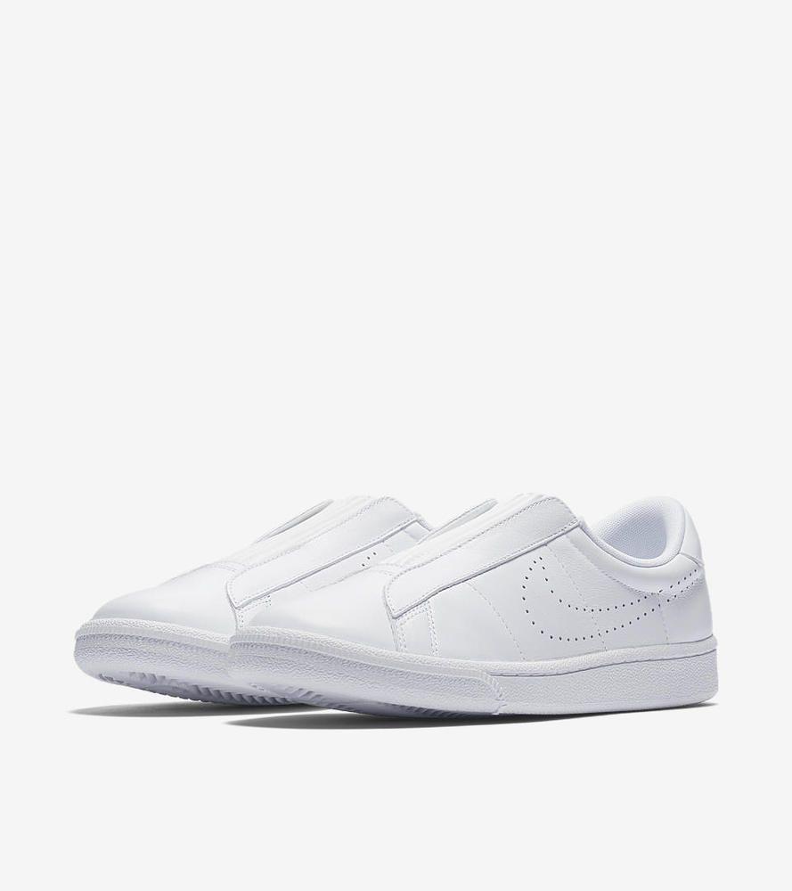 NIKE Women's Tennis Classic Ease 1982 ICON Triple White Slip On Sneakers  6.5 7.5