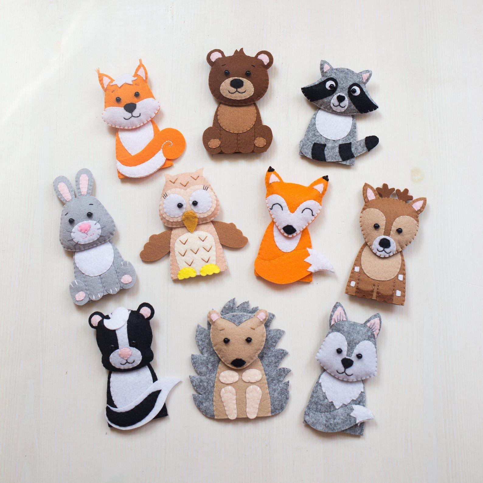 Woodland animals finger puppets Forest animals toy Quiet toys Felt finger puppets Felt animals Toddler toys Montessori toys Children puppets